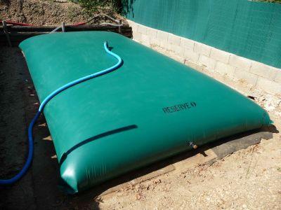 eau de pluie stockage citerne souple 5000 litres. Black Bedroom Furniture Sets. Home Design Ideas
